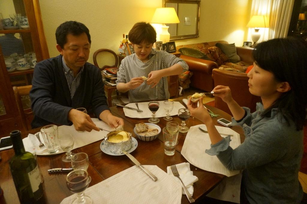 12/9 CX新支局長ご夫妻と「さーて何を食おうかな?」_c0180686_07455974.jpg