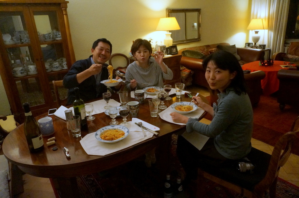 12/9 CX新支局長ご夫妻と「さーて何を食おうかな?」_c0180686_07460610.jpg