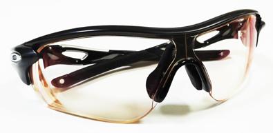 1眼式サングラス対応全視界ダイレクト方式・遠近両用度付きスポーツレンズ発売開始!_c0003493_953414.jpg