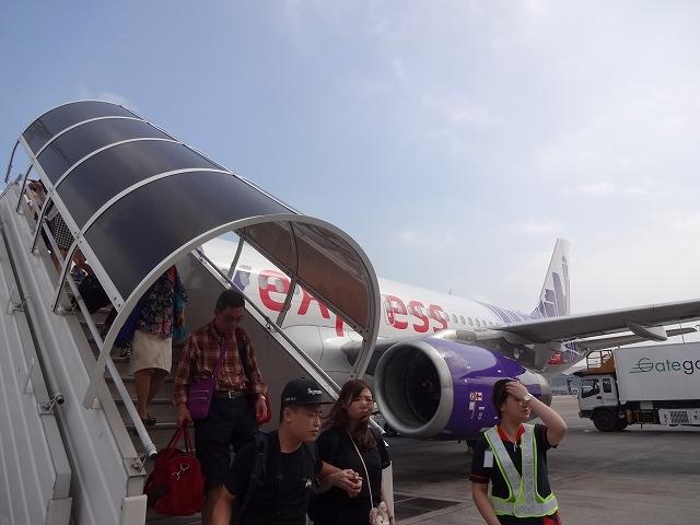 香港到着、沖止め _b0248150_19145944.jpg