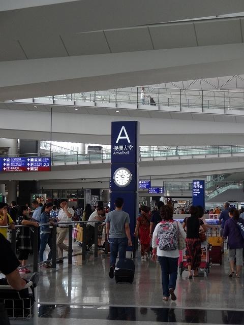 香港到着、沖止め _b0248150_19185438.jpg