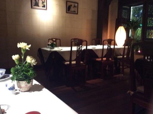 器だけは素敵なレストラン…ホーチミン_b0210699_01281441.jpg