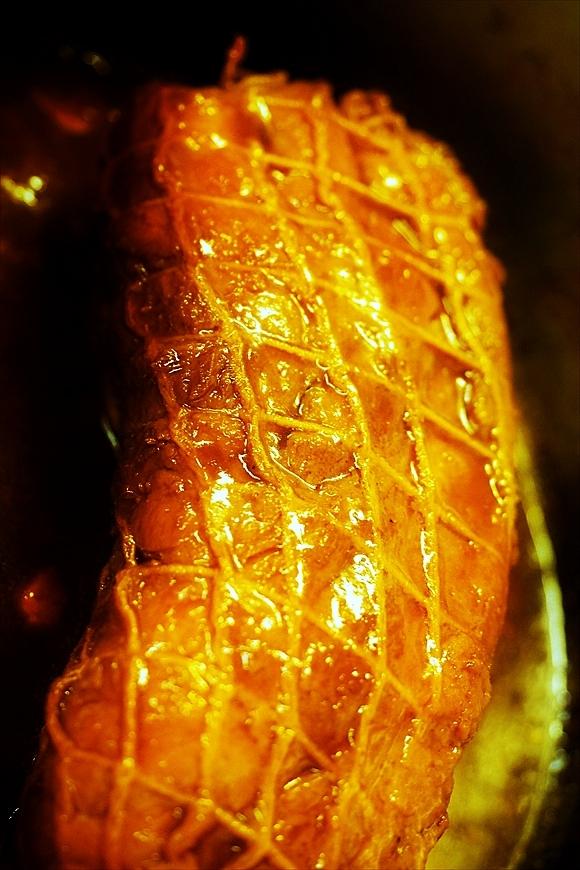 ◆ダッチオーブンで簡単チャーシュー(煮豚)・お正月編 (COOKPAD連携)_b0008655_19282730.jpg