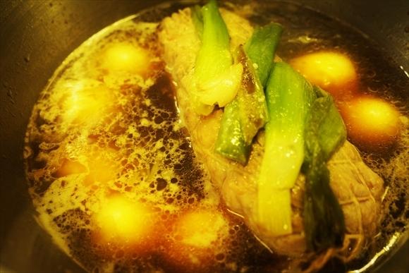 ◆ダッチオーブンで簡単チャーシュー(煮豚)・お正月編 (COOKPAD連携)_b0008655_19335753.jpg