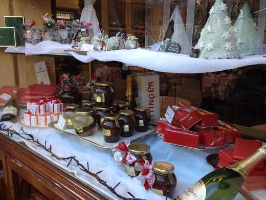 寒い日は老舗のバールでホット・チョコレート_a0136671_418987.jpg