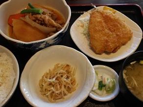西早稲田のひまわりで肉じゃがアジフライ定食_c0030645_19524283.jpg