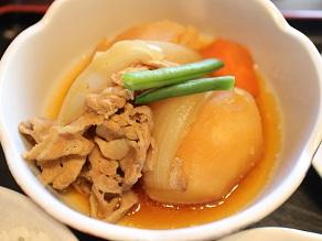 西早稲田のひまわりで肉じゃがアジフライ定食_c0030645_19573758.jpg