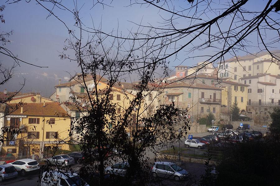 アレッツォ周辺のトスカーナの小さな村_f0106597_03531095.jpg