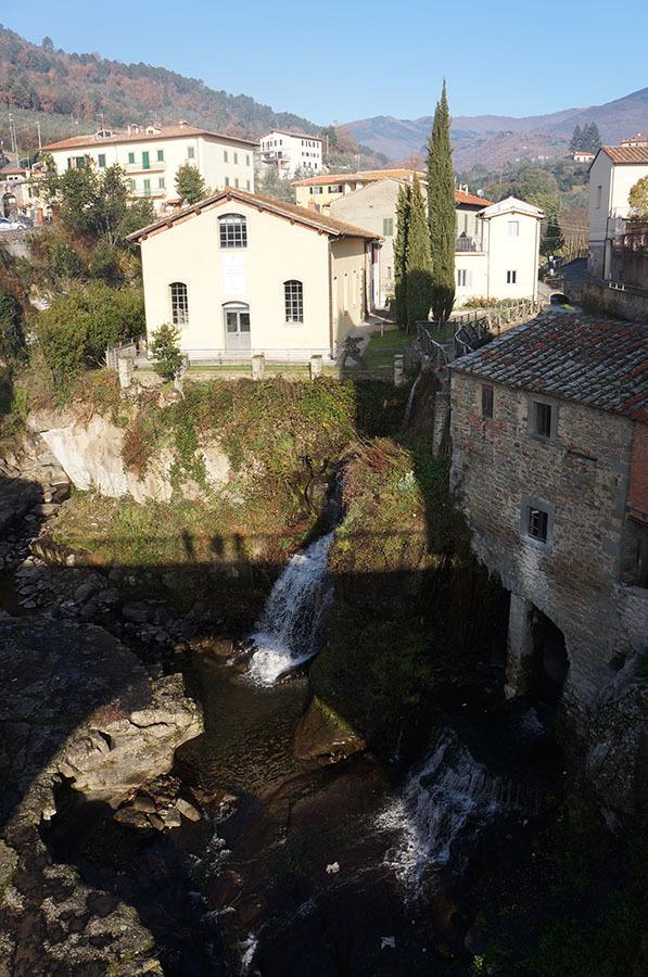 アレッツォ周辺のトスカーナの小さな村_f0106597_04015108.jpg