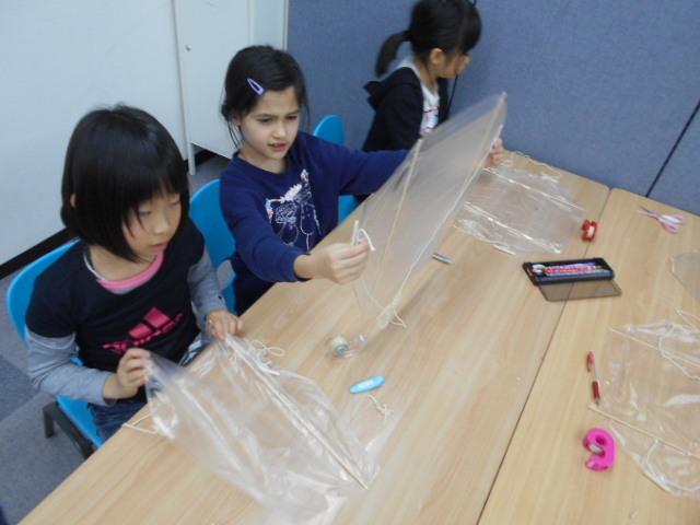 1月5日 工作教室 凧作り_c0315908_16032937.jpg
