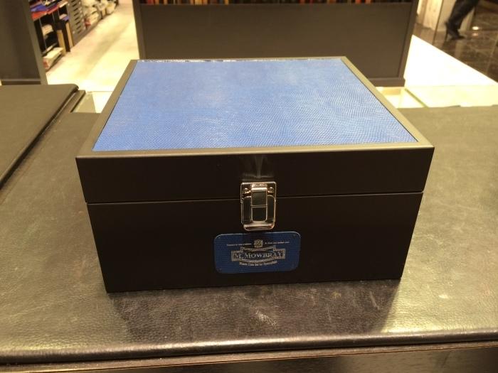 シューケア用品の収納BOXを限定販売_b0226322_12243479.jpg