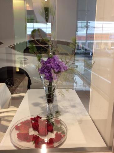 新春初仕事はレクサス宮崎の花装飾_b0137969_21520594.jpg
