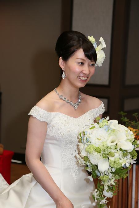 新郎新婦様からのメール 八芳園の花嫁様より 手作りのつまみ細工と_a0042928_45793.jpg
