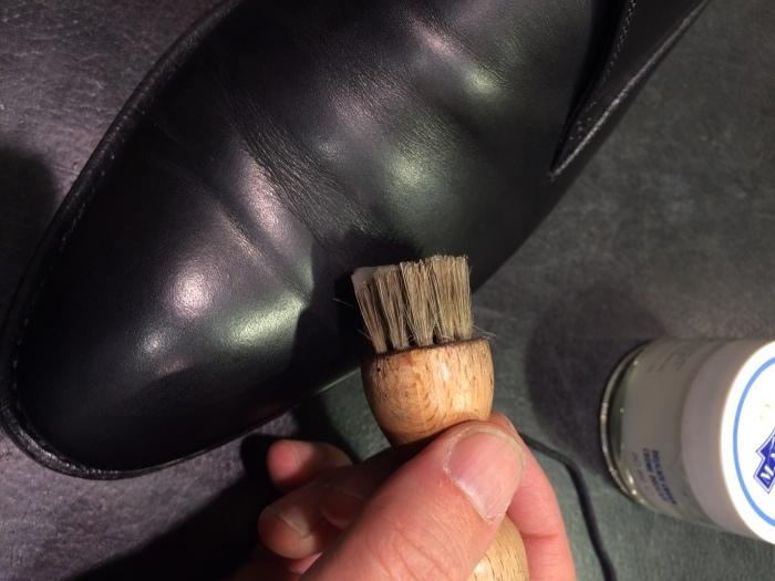 黒い靴は光沢が命_b0226322_11480341.jpg