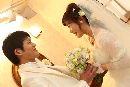 新郎新婦様からのメール HANZOYAの花嫁様より 挙式装花、色褪せぬ愛のシェアブーケ_a0042928_20231741.jpg