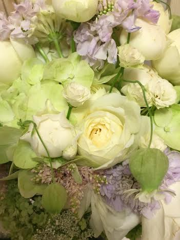 新郎新婦様からのメール HANZOYAの花嫁様より 挙式装花、色褪せぬ愛のシェアブーケ_a0042928_21102850.jpg