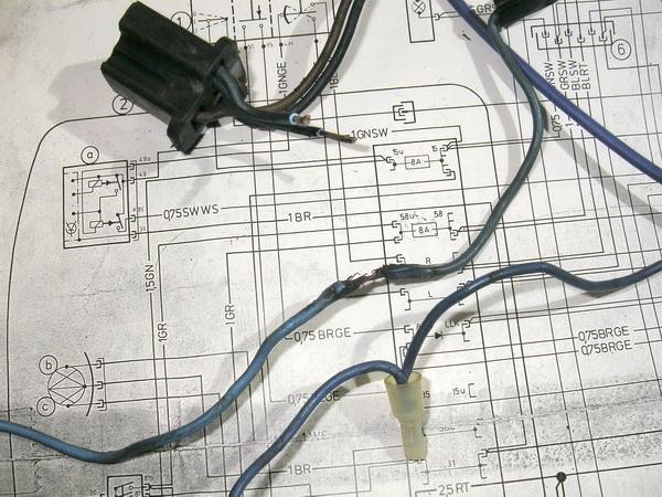 BMW 旧Rtype 配線引き直し  *今年も宜しくお願いします*_e0218639_1143035.jpg
