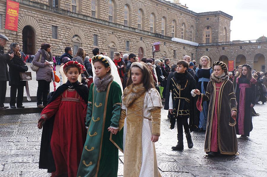 1月6日のフィレンツェは三博士の騎馬行列_f0106597_07140919.jpg