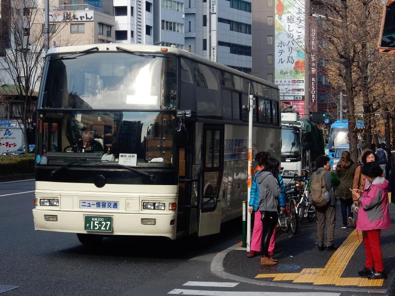 今年もバスはやって来ています(ツアーバス路駐台数調査 2016年1月)_b0235153_13321548.jpg