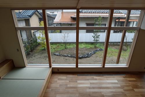 Q1.0住宅新潟信濃町:完成_e0054299_2047820.jpg