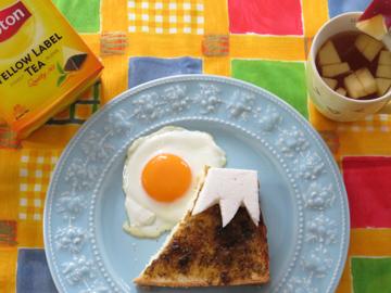 リプトンひらめき朝食 「日の出富士パン」_a0150910_2322575.jpg
