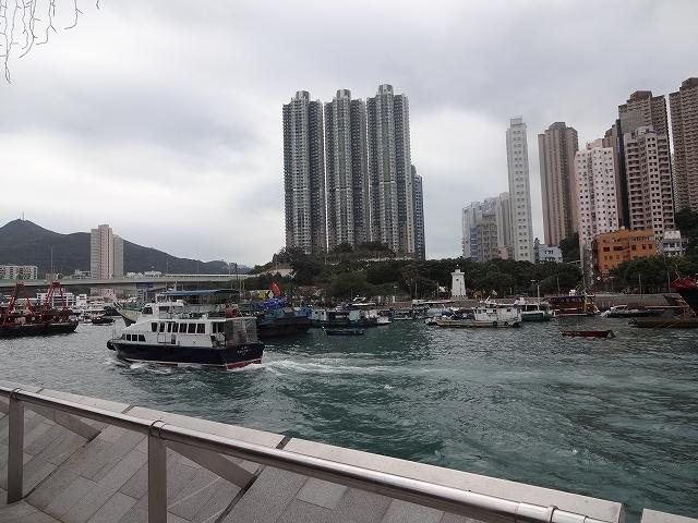 香港仔海濱花園到着 _b0248150_05081346.jpg