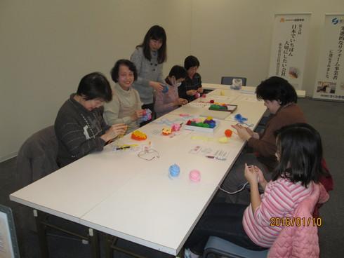 新春展示相談会と手編み教室_e0190287_17403263.jpg