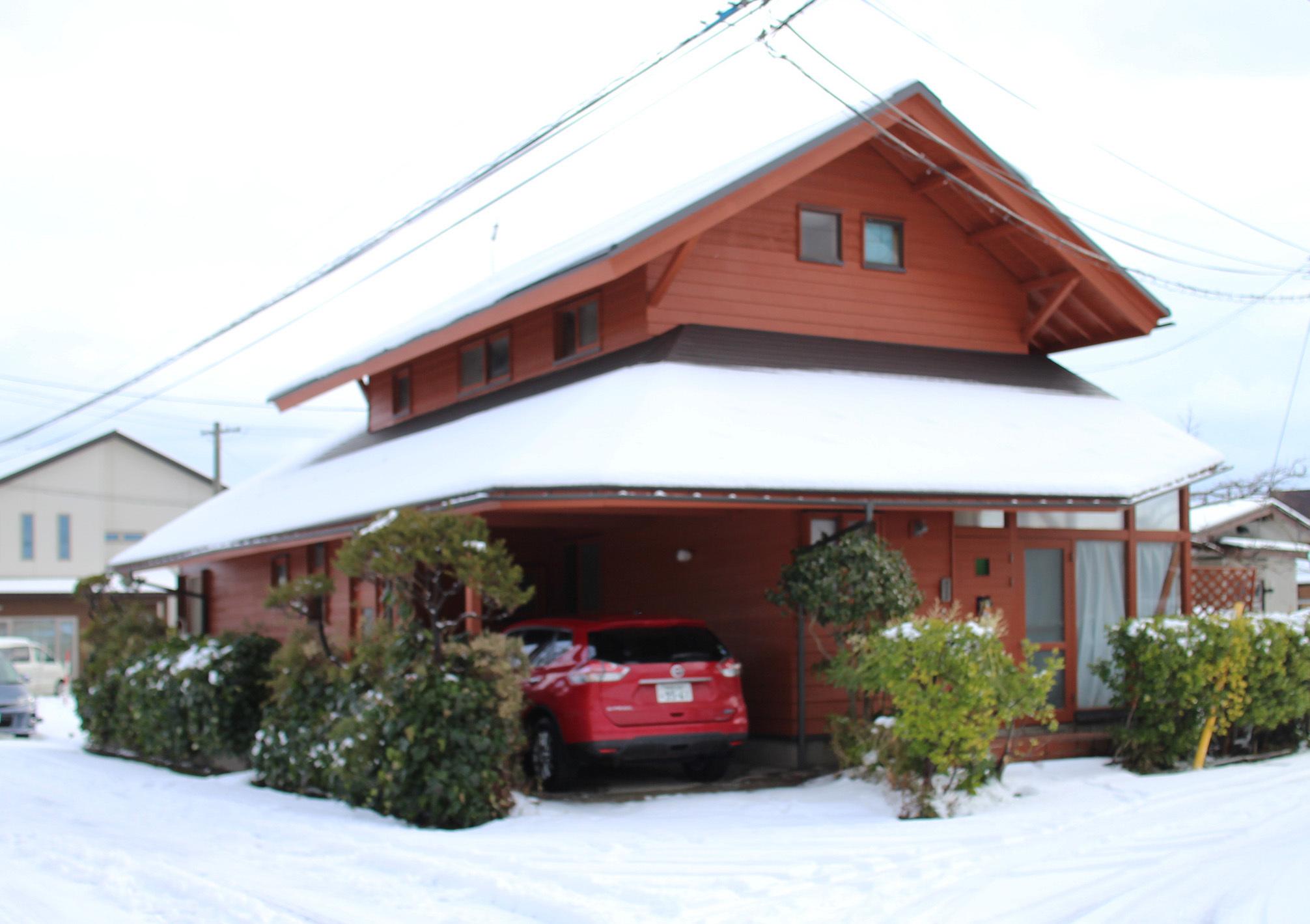 自宅の雪の太陽光_e0054299_12250576.jpg