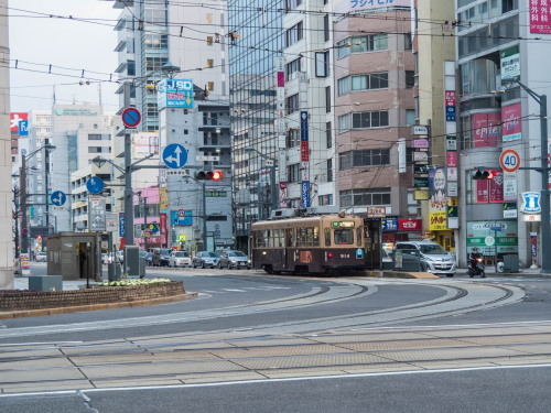 2016新年の旅20「萩・長門市・下関門司」その1~まずは広島でお好み焼き~_f0276498_23534415.jpg