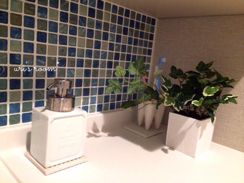 洗面所のニューアイテム!これは凄ーいヽ(´▽`)/_a0341288_01063050.jpg