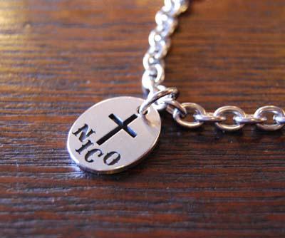 クロスのドッグネックレス_f0155891_17542593.jpg