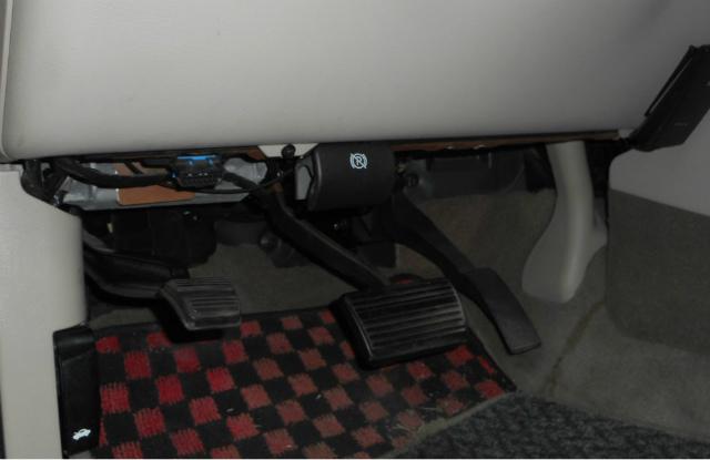 キャデラック・エスカレード、ブレーキリリース修理_c0267693_15202278.jpg