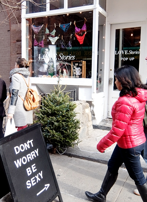 ニューヨーク、ノリータの風情たっぷりな街角風景_b0007805_10562964.jpg