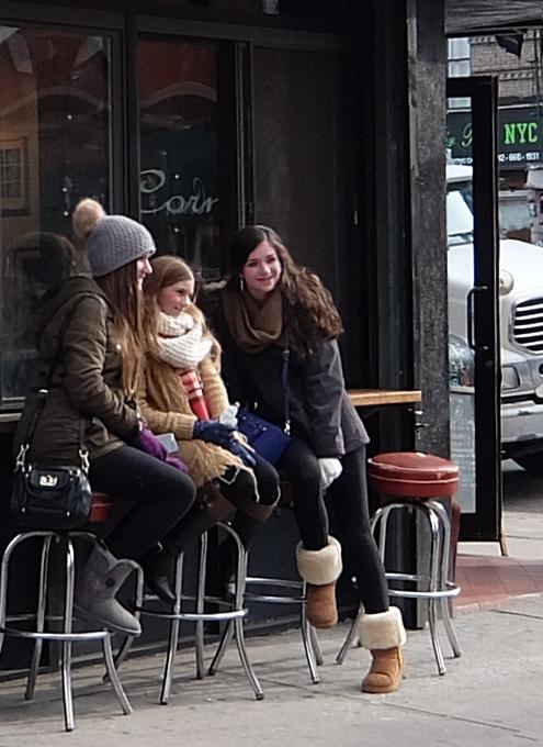 ニューヨーク、ノリータの風情たっぷりな街角風景_b0007805_10572976.jpg
