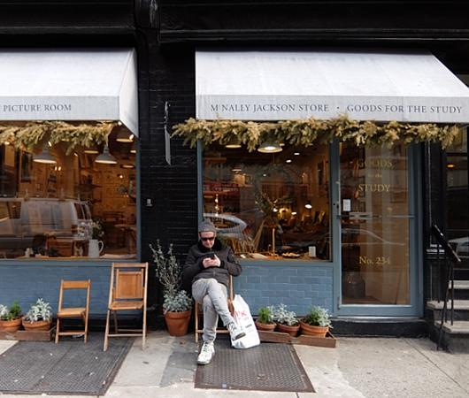 ニューヨーク、ノリータの風情たっぷりな街角風景_b0007805_1153324.jpg