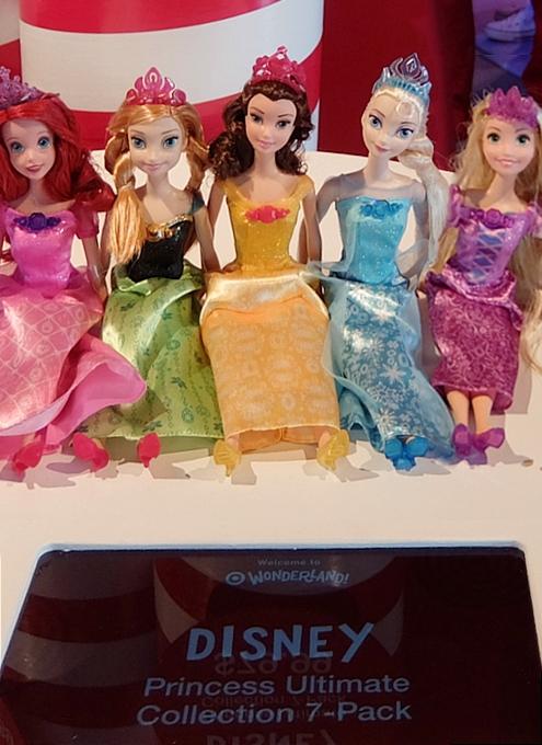 今年からディズニー・プリンセスのお人形さんの顔が変わります_b0007805_2044717.jpg