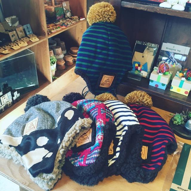 子供帽子inaho フライングキャップ入荷_a0142923_1383454.jpg