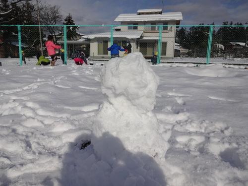 やった~雪が降ったよ!_d0166047_1227796.jpg