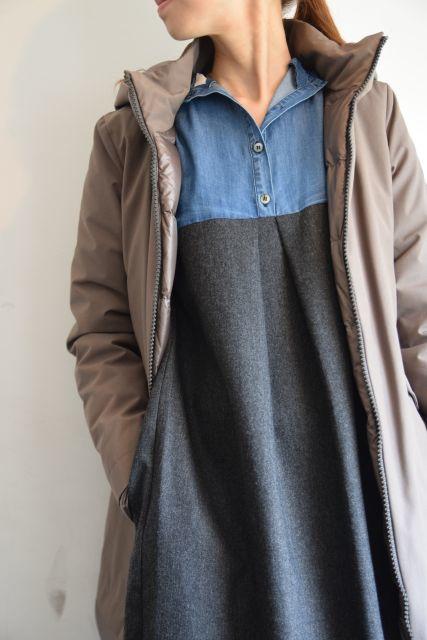 コートの名手 HERNOより   ・ ・ ・_b0110586_18250979.jpg