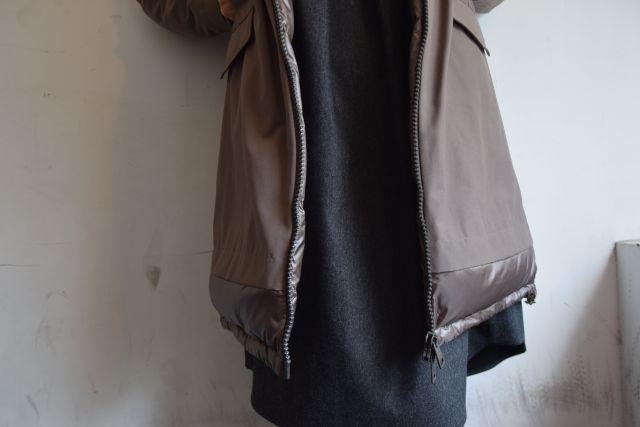コートの名手 HERNOより   ・ ・ ・_b0110586_18460701.jpg