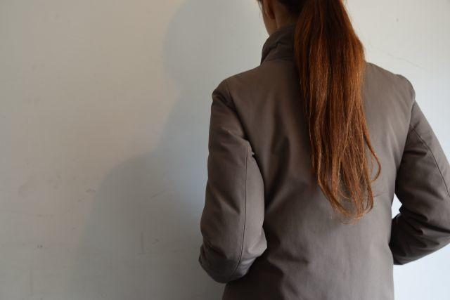 コートの名手 HERNOより   ・ ・ ・_b0110586_18530718.jpg
