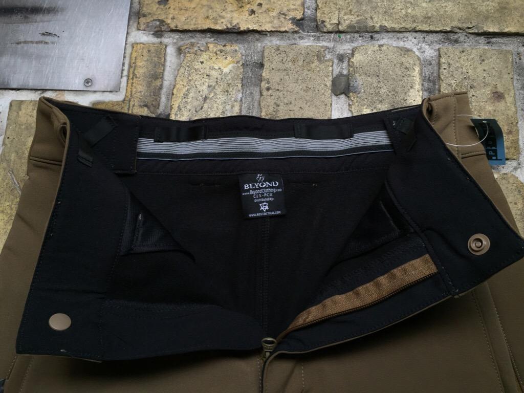 神戸店1/16(土)モダンミリタリー入荷!#1 LEVEL-5 Cold Fusion Shock Pants,JKT by Beyond!!!_c0078587_1624364.jpg