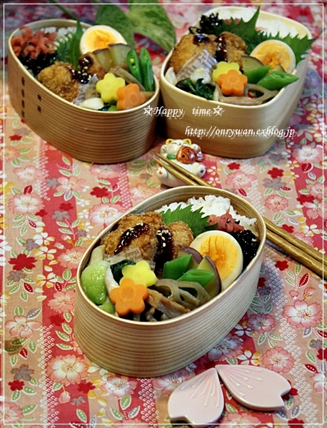 メカジキフライ弁当と黒豆でラウンドパン♪_f0348032_19000398.jpg