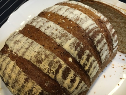 フェルトの  【食パンとメロンパン】_b0346442_00334786.jpeg