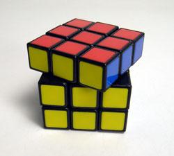 40年ぶりにルービックキューブを完成させた_d0130640_16304981.jpg