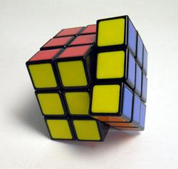 40年ぶりにルービックキューブを完成させた_d0130640_19124695.jpg