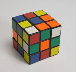 40年ぶりにルービックキューブを完成させた_d0130640_2011753.jpg