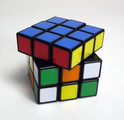 40年ぶりにルービックキューブを完成させた_d0130640_2015026.jpg