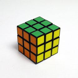 40年ぶりにルービックキューブを完成させた_d0130640_2034870.jpg