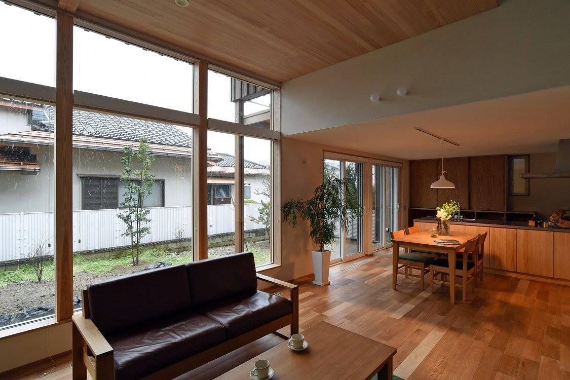 Q1.0住宅新潟信濃町:居間_e0054299_17231712.jpg